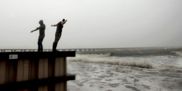 Hurricane Sandy In Canada Brings Rain, Strong