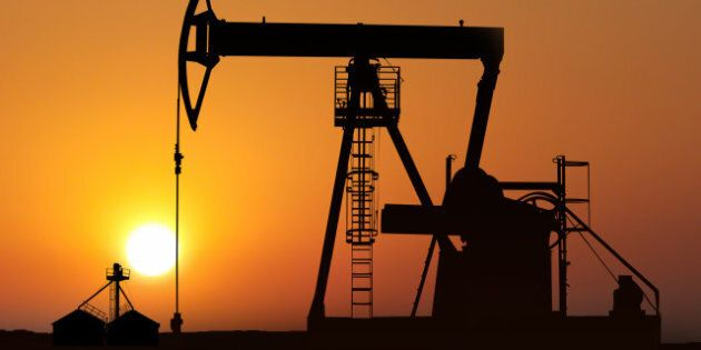 isolated oil pump in action at...