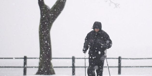 Quebec Storm Leaves 130,000 Clients Without
