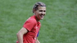 Christine Sinclair Leads Canada To 3-0 Soccer