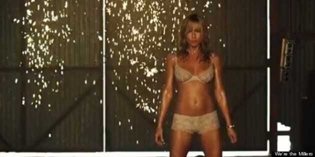 Jennifer Aniston In Underwear: 'Friends' Star Strips Down In 'We're The Millers' Trailer