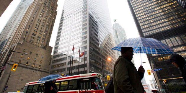 Sandy Slams Canada: 1 Dead As Ontario, Quebec Hunker Down Amid Winds, Rain, Power