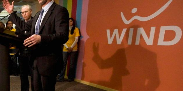Wind Mobile CEO Slams Bell, Telus, Rogers Campaign, Defends Government's