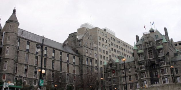 McGill University Corruption Police: McGill University Health Centre Searched By Quebec's Anti-Corruption