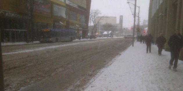Edmonton Freezing Rain, Treacherous Roads Make For Long Morning Commute