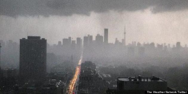 Toronto Hydro Power Outage: Power Restored For Thousands, But Many Still