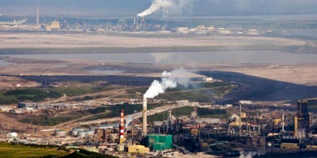 Oilsands Development At Risk As Costs Soar, Memo