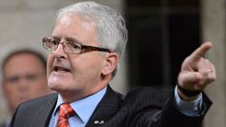 Marc Garneau Talks Student