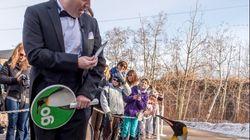 LOOK: Rick Mercer Walks With Adorable Calgary Zoo