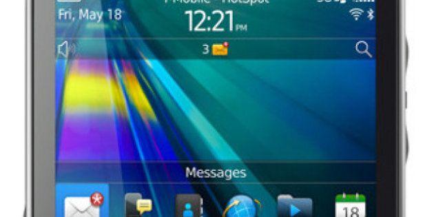 New BlackBerry Curve 9315 Smartphone Looks Very