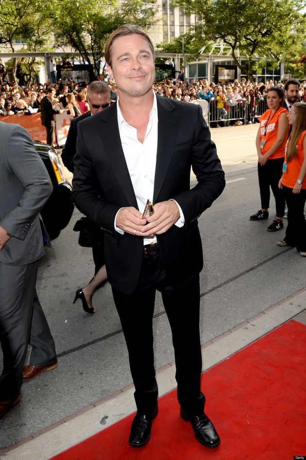 Brad Pitt TIFF 2013: '12 Years A Slave' Star Poses On Red Carpet Without Angelina Jolie