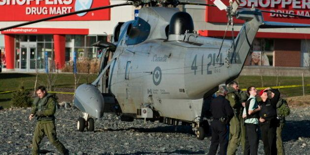 Sea King Helicopter Makes Emergency Landing Near Halifax Grocery