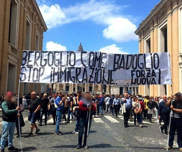 Blitz di Forza Nuova a San Pietro:
