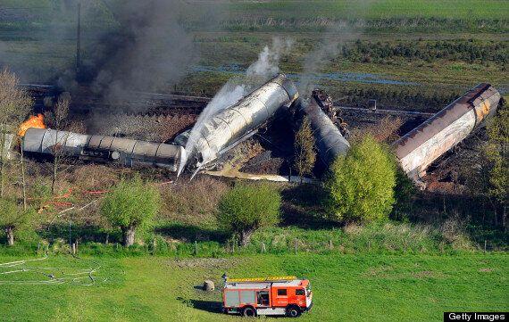 Belgium Train Fire, Explosions Kill 1 Near Ghent (VIDEO,