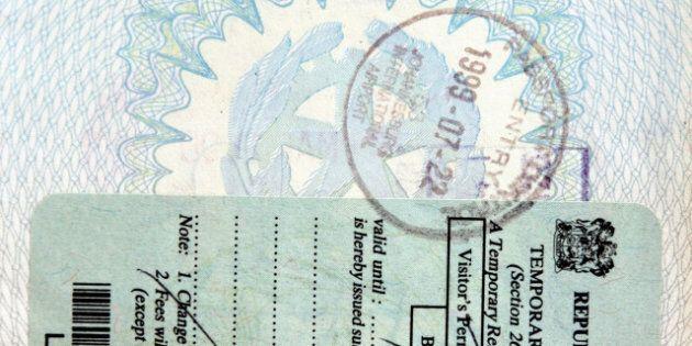 italian passport. canada south