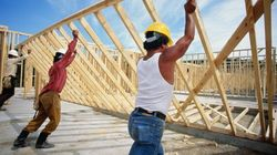 Boom In Construction Jobs Leaves Economists