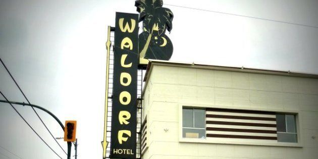 Waldorf Hotel Petitions Lobby To Save