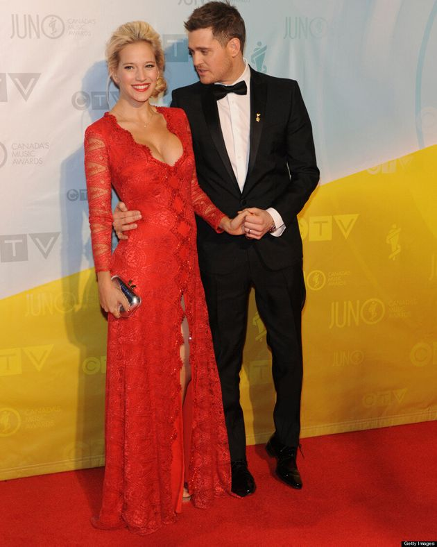 Michael Bublé's Pregnant Wife Luisana Lopilato Stuns At 2013 Juno Awards In Red Gown