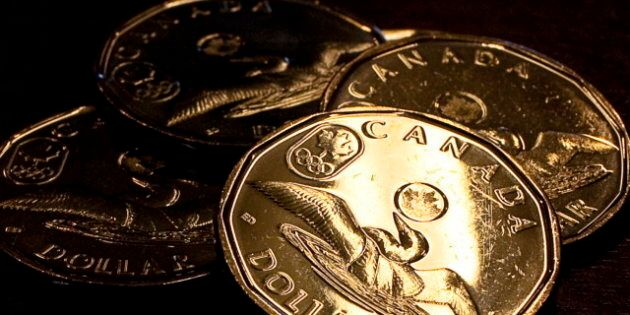 Bets Against Loonie Hit All-Time
