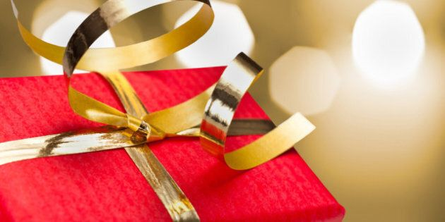 Top 5 Shopping Apps To Help With Your Holiday Gift