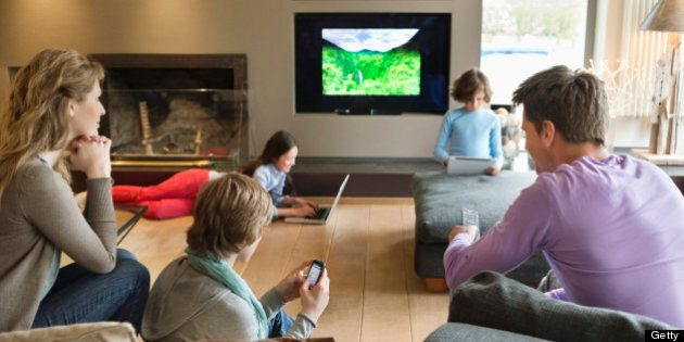 Multi-Screen Viewing: Canadians Increasingly Using Second Screens, Rogers Survey