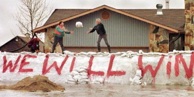 Manitoba Flood Fight Begins With Ice-Breaking On Red