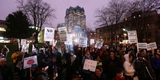 Northern Gateway Hearings: Vancouver Pipeline Protesters Greet Enbridge