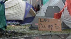 Occupy Toronto Protesters Pitch Tents At Queen's