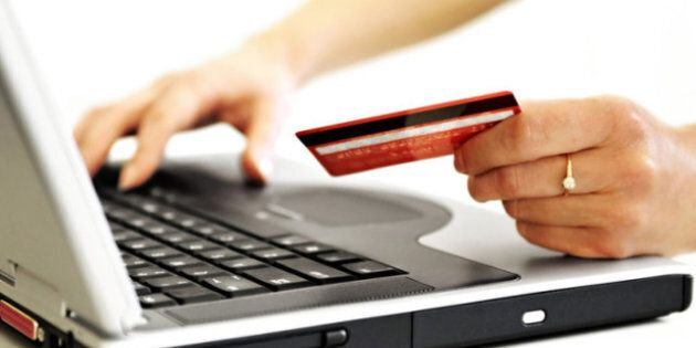 Holiday Online Shopping: Tips From Afiya Francisco On How To Take Advantage Of The