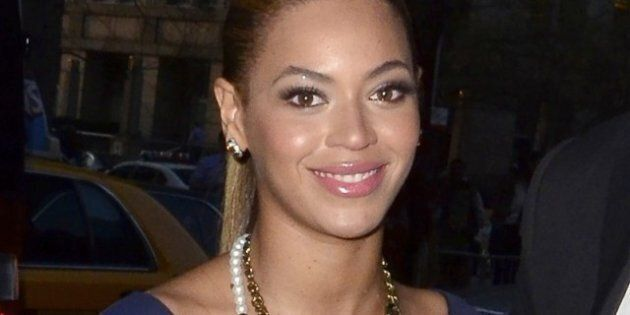 Beyonce Shows Off Toned Post-Baby Body In Slinky Dress