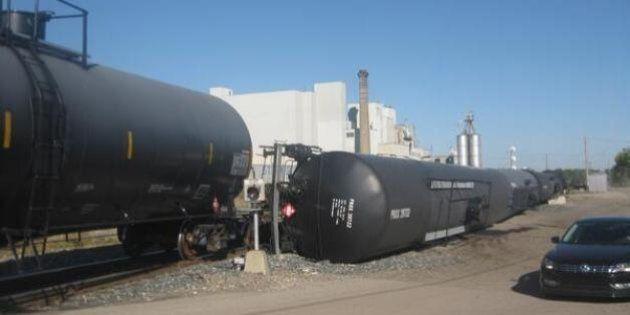 Calgary Train Derailment, Several Cars On Their Side (PHOTOS,