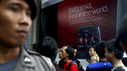 Indonesia Threatens To Shut Down BlackBerry