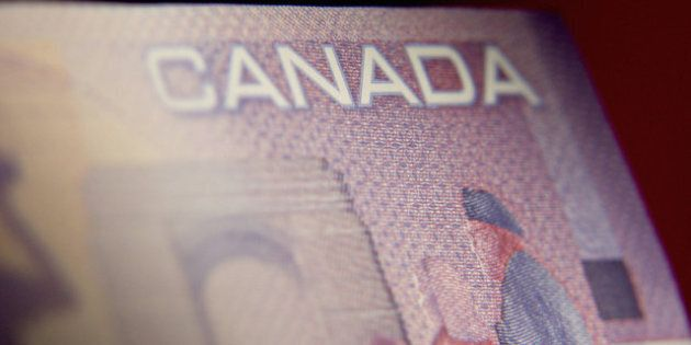 Canadian Economy: 5 Signs The Recovery Is Fizzling Away