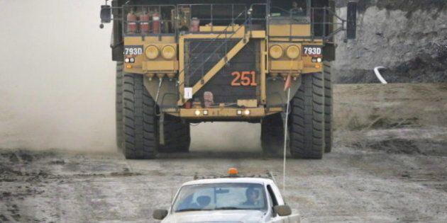 Saskatchewan, Alberta and Newfoundland And Labrador Will Lead Canada's Economic Growth in 2012: