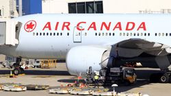 Air Canada Flight Attendants Vote Overwhelmingly To