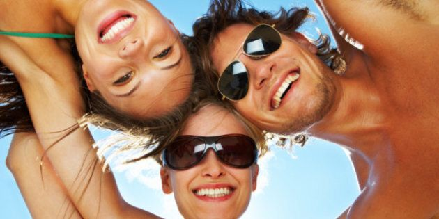 Weight Loss And Socializing: Can Having A Lot weight loss socializingOf Friends Help Keep Your Weight