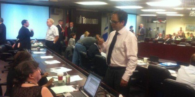 Twitter Reacts To Toronto City Hall's Marathon Committee