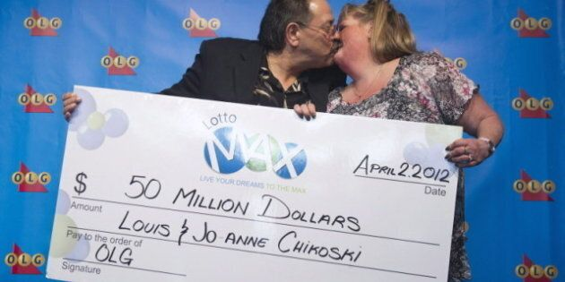 buy popular f1e14 14744 Louis And Jo-Anne Chikoski, Lotto Max Winners From Thunder ...
