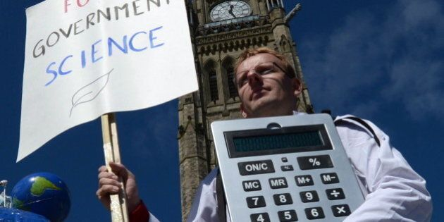 'Stand Up For Science' Protests: Scientists Protest Harper Government 'Muzzling,'
