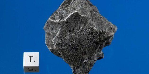 Mars Meteorite Chunks Fall To