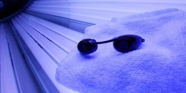 Minors Banned From Tanning: Canadian Cancer Society Concerned About