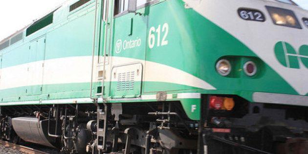 Late GO Train Refund: McGuinty Promises GO Transit Refund Tor Tardy