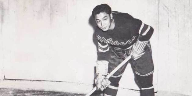 1st Chinese-Canadian In NHL Inducted To B.C. Hall Of