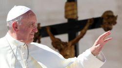 The Week In Review: Praising Pope