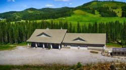 LOOK: Stunning $4.7 Million Ranch For