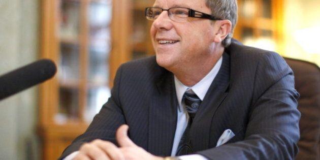 Brad Wall Urges 'Lean' Health-Care