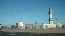Muslim Investors Seek Sharia-Compliant