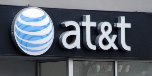 AT&T T-Mobile Merger: Wireless Carrier Pledges To Bring 5,000 Call Centre Jobs Back To