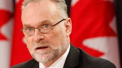 AG Plays Defence On Scathing F-35