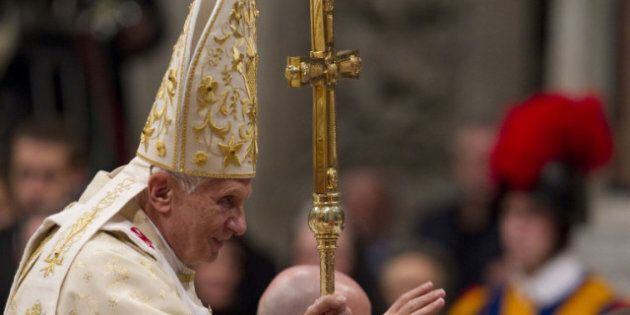 'Glitter' Hides Meaning Of Christmas, Pope
